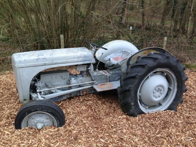 tractor bucklebury