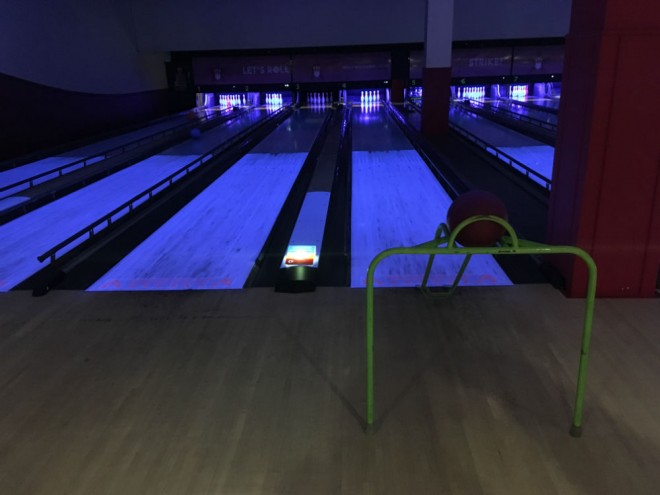 hollywood bowl bracknell, bowling bracknell, bracknell bowling, rainy day activities bracknell
