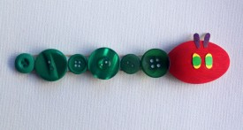 spoon caterpillar, caterpillar craft, caterpillar kids craft, hungry caterpillar craft, button caterpillar