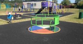 kidlington, playpark, benmead road, roundabout