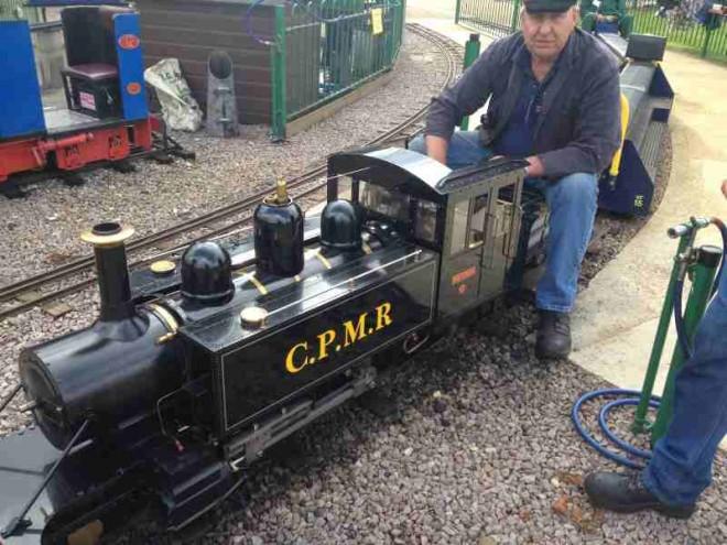 minature railway, cutteslowe park, kids, days out