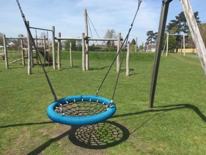 south stoke park, south stoke playground, south stoke park playground, top playgrounds oxfordshire, playgrounds with toilets oxfordshire