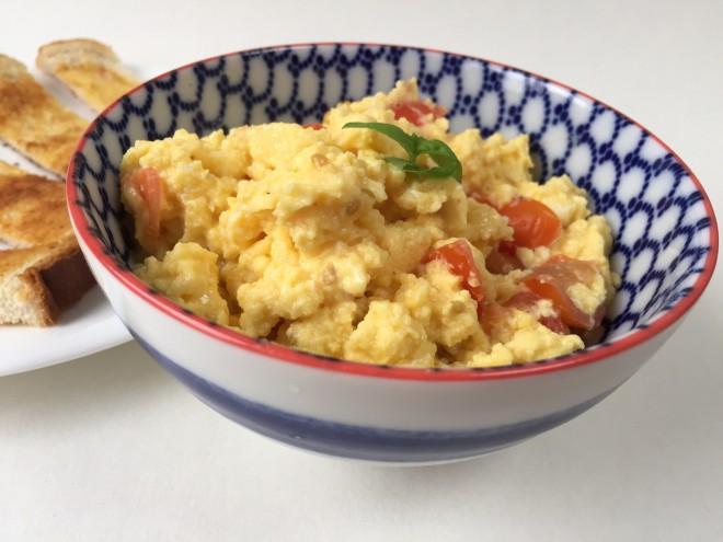 scrambled eggs, speedy lunch, easy kids food