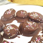 frozen chocolate banana, kids treats, frozen banana, heatwave recipe