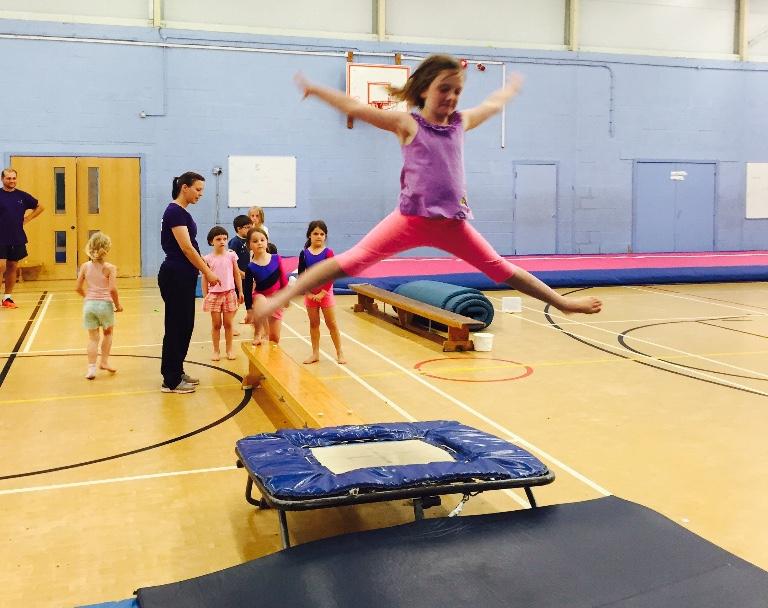 gymnastics lessons, woodstock, oxfordshire, jane brooks, summer camp, summer childcare woodstock