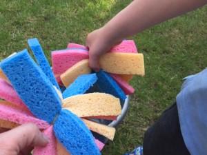sponge bomb, water bomb, sponge water bomb, garden games, heatwave fun for kids