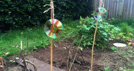 kids garden craft, cd bird scarer, cd scarecrow, homemade scarecrow