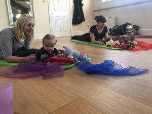 baby yoga banbury, baby yoga brackley, baby yoga northamptonshire, postnatal yoga banbury
