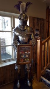 sturdys castle, family friendly restaurant kidlington, family friendly restaurant woodstock, knight in armour