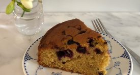 easy blueberry cake recipe, blueberry cake, recipe for blueberry cake, cake with berries, berry cake recipe
