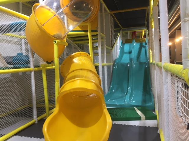 child friendly cafe Windsor, jelly lounge windsor, soft play Windsor